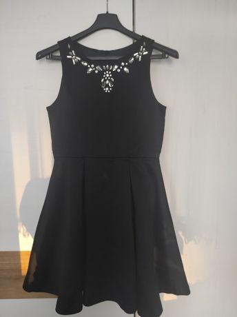 Sukienka rozmiar 140cm