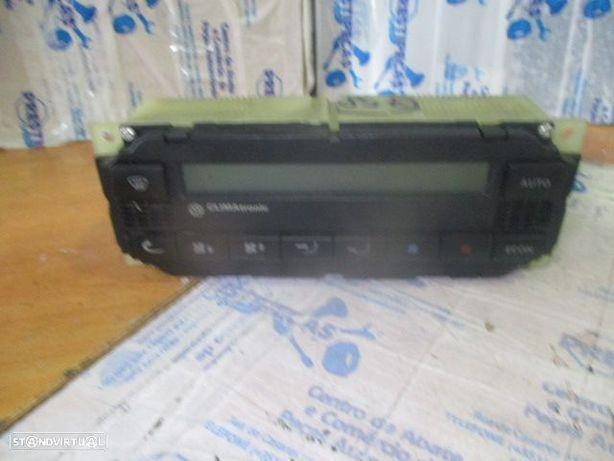 Comandos sofagem 3B1907044B VW / BORA / 1999 / CLIMATRONIC /
