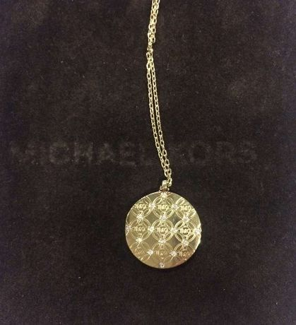 Fio dourado com medalha Michael Kors original