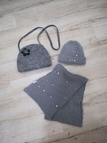 Zimowy zestaw czapka i szalik z perełkami oraz torebka z filcu
