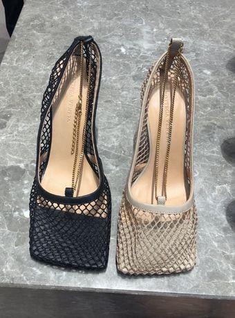 Bottega Veneta туфли-лодочки сетчатым верхом черные и бежевые боттега