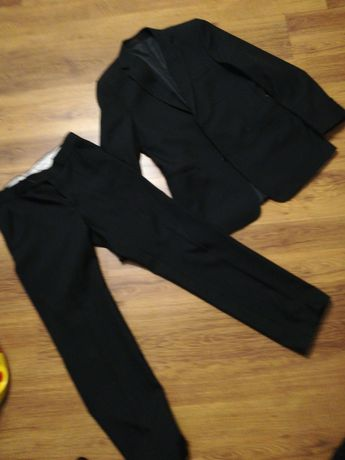 Garnitur spodnie i marynarka