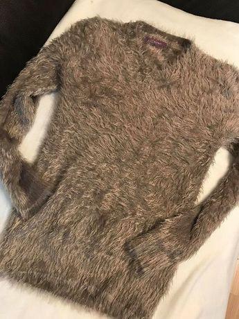 Sweterek NOWY