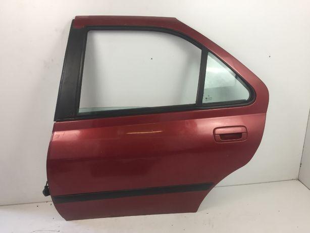 Peugeot 406 Sedan Drzwi Lewy Tył Tylnie Czerwone