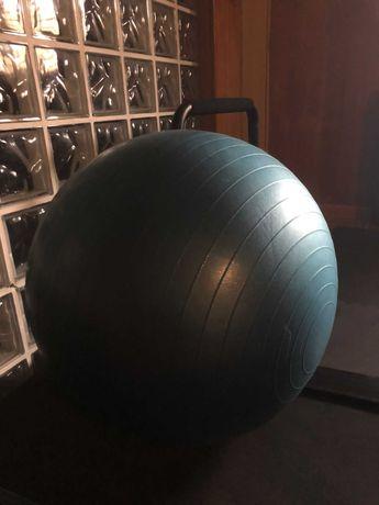 Equipam. ginásio: Bola Pilates e Punching Ball
