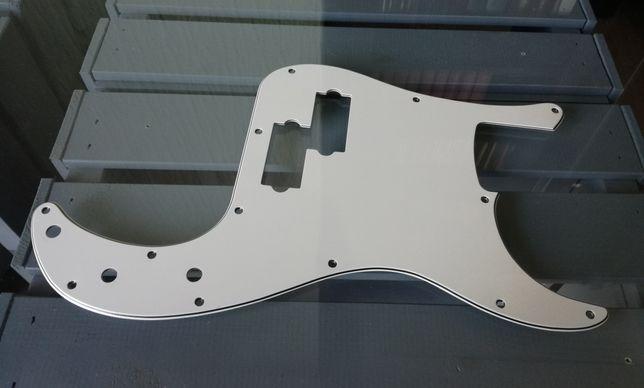Pickup Guard Fender PB