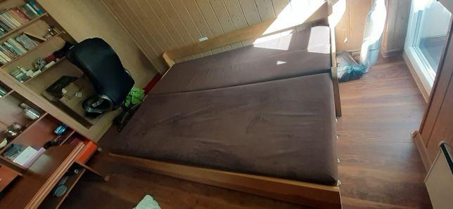 Duże łóżko z dębu, 2 osobowe.