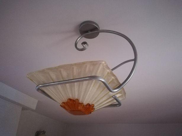Lampa sufitowa, kinkiety