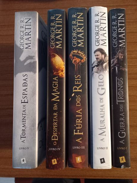 Vendo 5 livros Guerra dos Tronos Novos