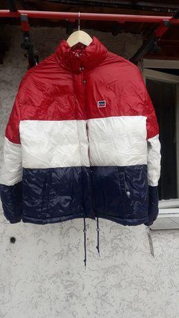 Sprzedam kurtkę damską LEVI'S nową!