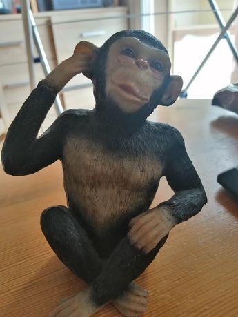 Małpka - figurka na półkę