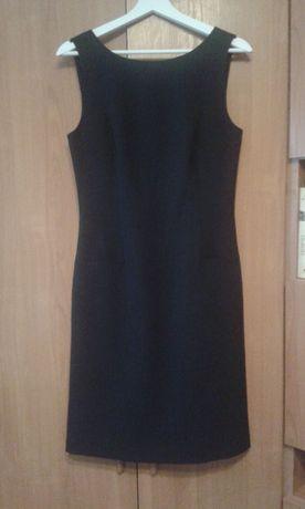 Sukienka czarna bez rękawów 38 biurowa