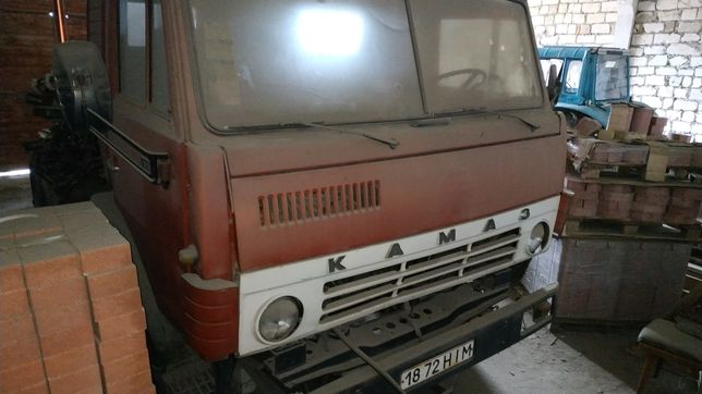 Продам КамАЗ с ямз 238.