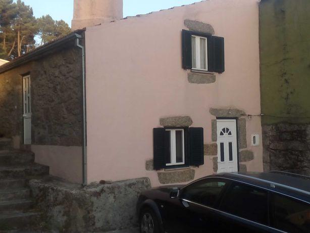 Casa em pedra típica Serra da Estrela