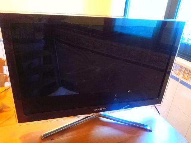 TV Samsung Avariada
