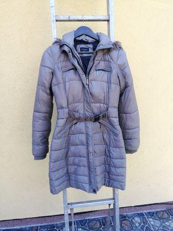 Dłuższa kurtka płaszczyk z paskiem Reserved