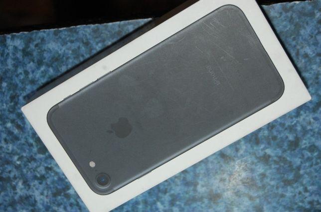 Telefon Iphone 7 32GB Black Stan Bardzo dobry Szkło hartowane