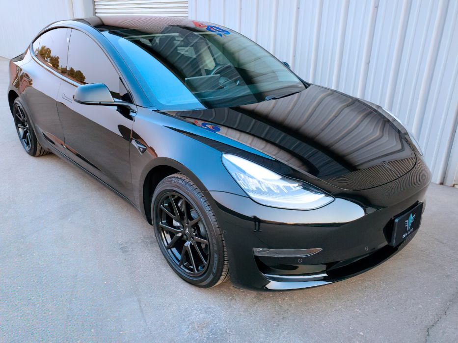 Tesla Model 3 2018 Long range (Продам Авто) Львов - изображение 1