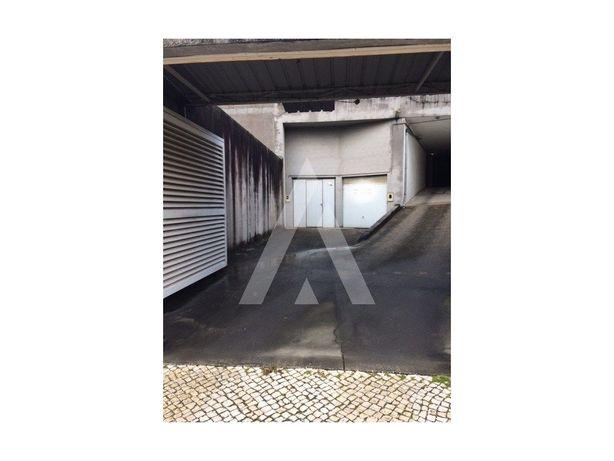 Garagem. Coimbra
