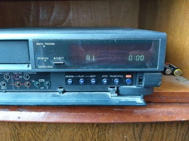 Видеомагнитофон PANASONIC NV- j40 HQ