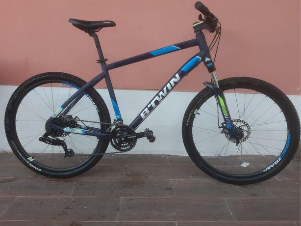 Bicicleta 27,5 travão disco