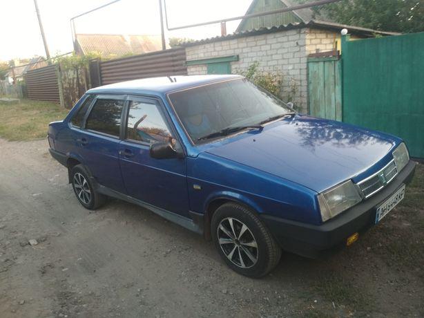 Автомобиль ваз21099