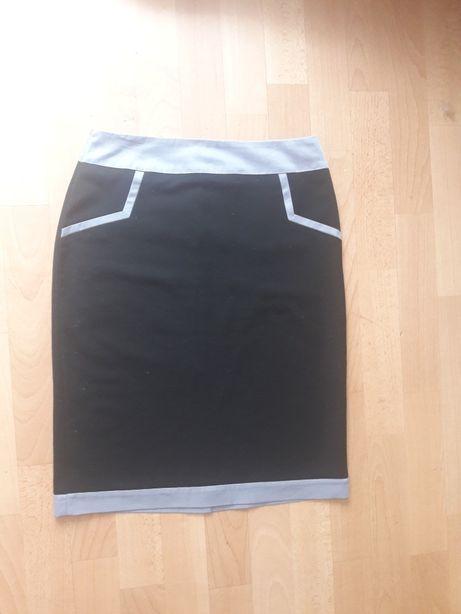 Классическая женская юбка размер M, 46