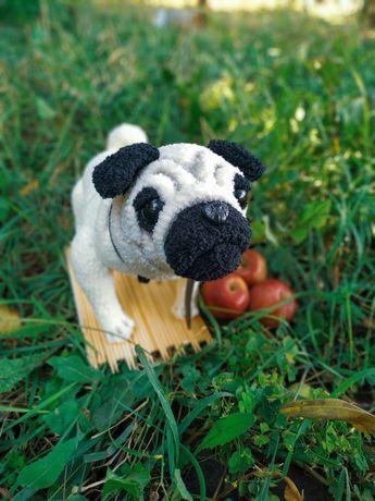 Собака мопс игрушка крючком