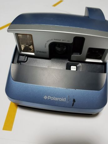 Polaroid aparat.