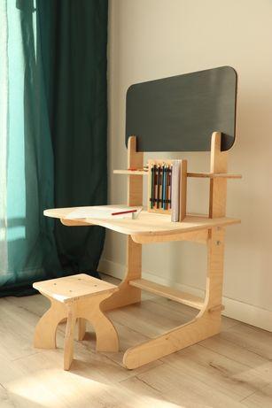 Stolik / biurko + taboret dla dzieci + tablica do rysowania / sklejka