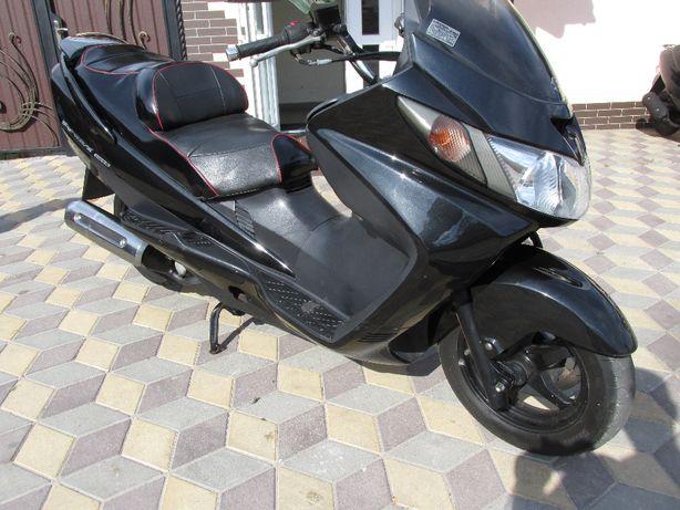 Макси-скутер Suzuki Skywave 250 без пробега по Украине.Растаможен