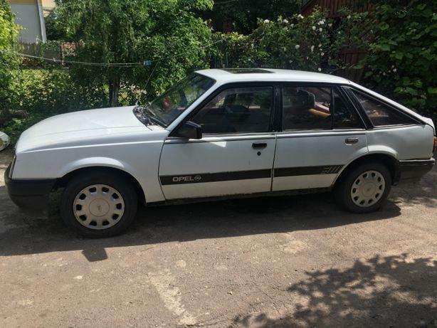 Opel Ascona 1985 \ 2.0 бензин / мотор C20NE