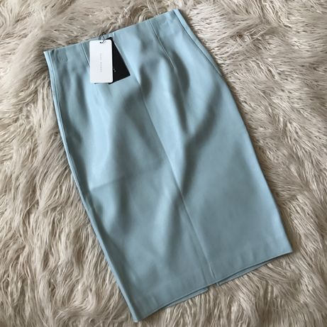 NOWA Błękitna ołówkowa spódnica midi skórzana z eko skóry rozm S ZARA