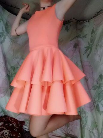 Продаю шикарное платье