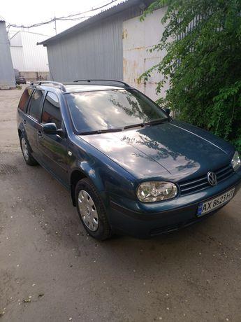 VW Гольф 4  1.6 2004 г.