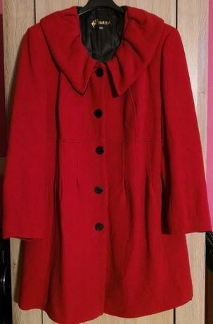 Damski płaszcz