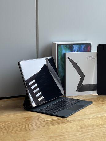 iPad Pro  12.9 2020 Space Grey 128 GB + magic keyboard