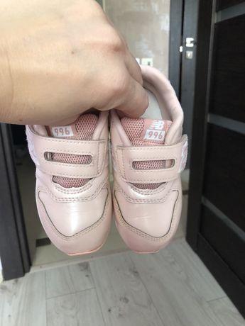 Пудровые розовые кроссовки для девочки new balance оригинал кросовки