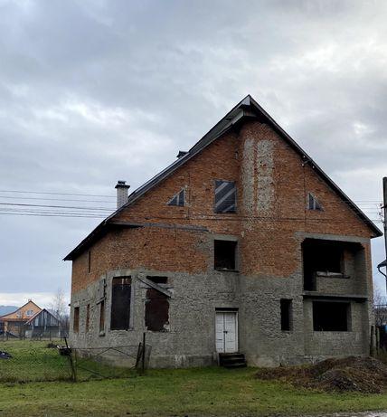 Продається будинок з приватизованою земельною ділянкою