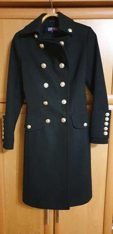 Женское пальто (черное)