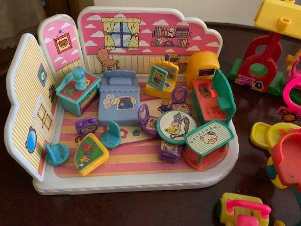 Brinquedos vintage em plástico