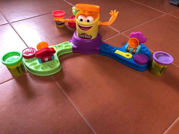 Jogo play-doh para crianças
