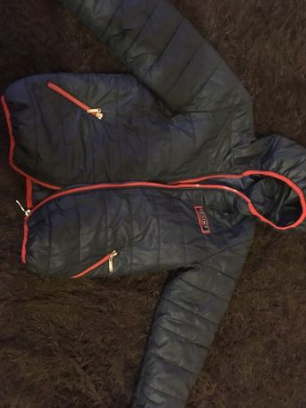 Осенняя куртка 10-11лет
