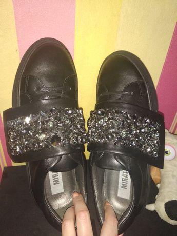Кожаные кроссовки Miraton-39.5см
