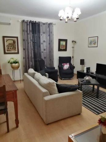 Apartamento T2 - Tipo pequena moradia com espaço exterior