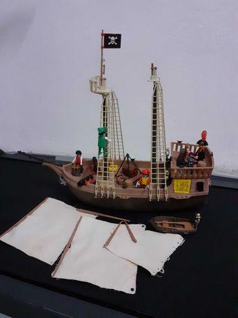 Barco pirata Playmobil antigo