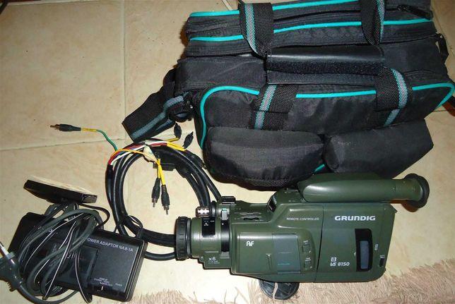 Máquina de filmar vintage GRUNDIG
