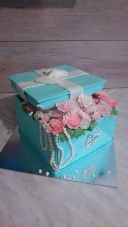 Торты на заказ, кап-кейки, печенье, конфеты