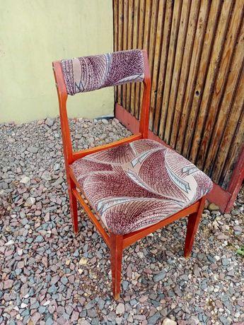 krzesła tapicerowane używane