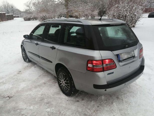 Fiat Stilo 2004rok 1.6 Benzyna Bez rdzy Bardzo długie opłaty Prywatnie